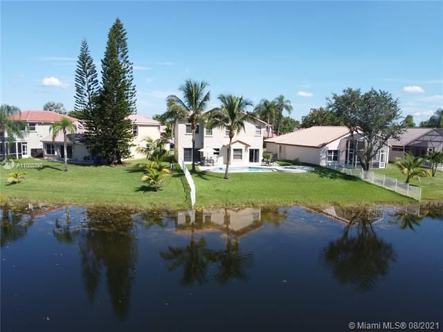 Silver Lakes At Pembroke for Sale - 551 SW 181st Ave, Pembroke Pines 33029, photo 20 of 80
