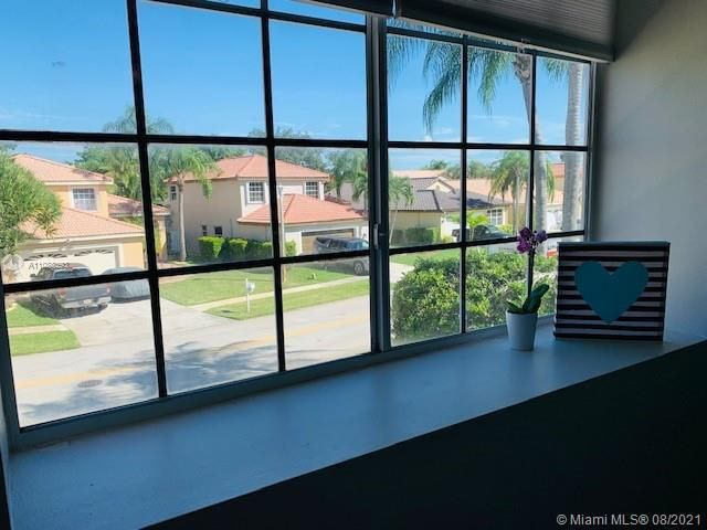 Silver Lakes At Pembroke for Sale - 551 SW 181st Ave, Pembroke Pines 33029, photo 34 of 80