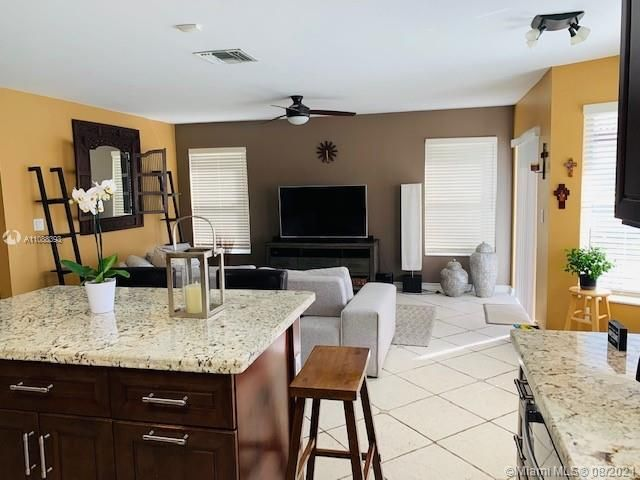 Silver Lakes At Pembroke for Sale - 551 SW 181st Ave, Pembroke Pines 33029, photo 50 of 80