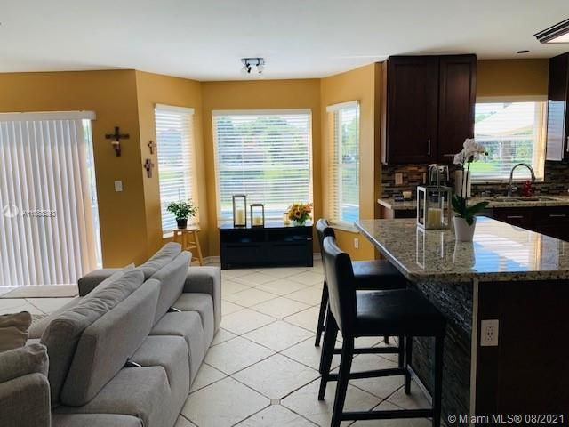 Silver Lakes At Pembroke for Sale - 551 SW 181st Ave, Pembroke Pines 33029, photo 51 of 80