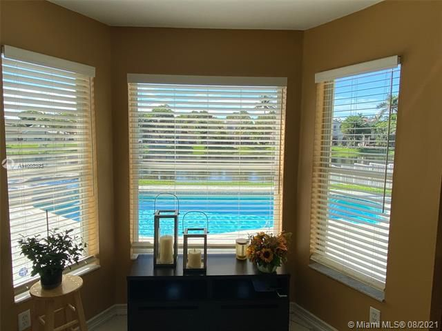 Silver Lakes At Pembroke for Sale - 551 SW 181st Ave, Pembroke Pines 33029, photo 72 of 80