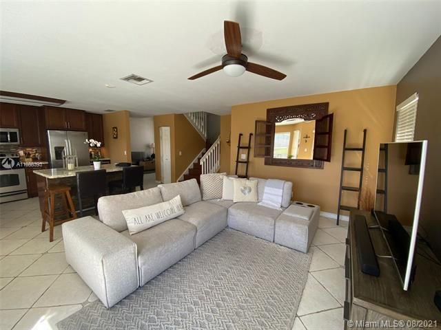 Silver Lakes At Pembroke for Sale - 551 SW 181st Ave, Pembroke Pines 33029, photo 73 of 80