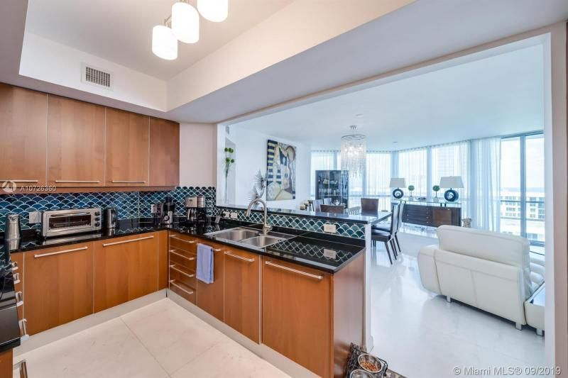 Ocean Palms for Sale - 3101 S Ocean Dr, Unit 1905, Hollywood 33019, photo 16 of 48