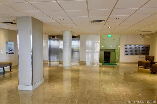 Hollywood Towers for Sale - 3111 N Ocean Dr, Unit 403, Hollywood 33019, photo 19 of 33