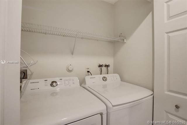 Silver Lakes At Pembroke for Sale - 18391 NW 8th St, Pembroke Pines 33029, photo 19 of 43