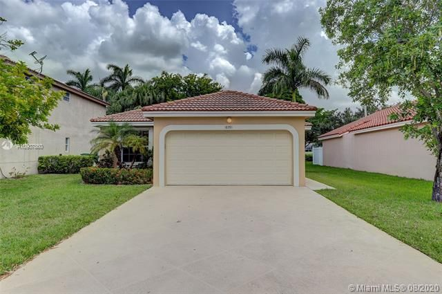 Silver Lakes At Pembroke for Sale - 18391 NW 8th St, Pembroke Pines 33029, photo 2 of 43