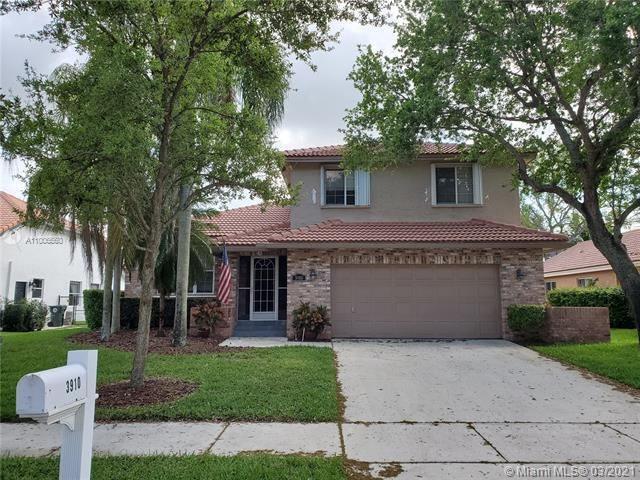 Winston Park Sec 2-a for Sale - 3910 NW 54th Ct, Coconut Creek 33073, photo 2 of 63