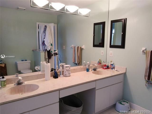 Winston Park Sec 2-a for Sale - 3910 NW 54th Ct, Coconut Creek 33073, photo 33 of 63