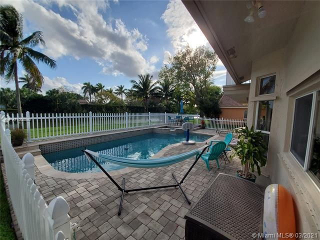 Winston Park Sec 2-a for Sale - 3910 NW 54th Ct, Coconut Creek 33073, photo 50 of 63