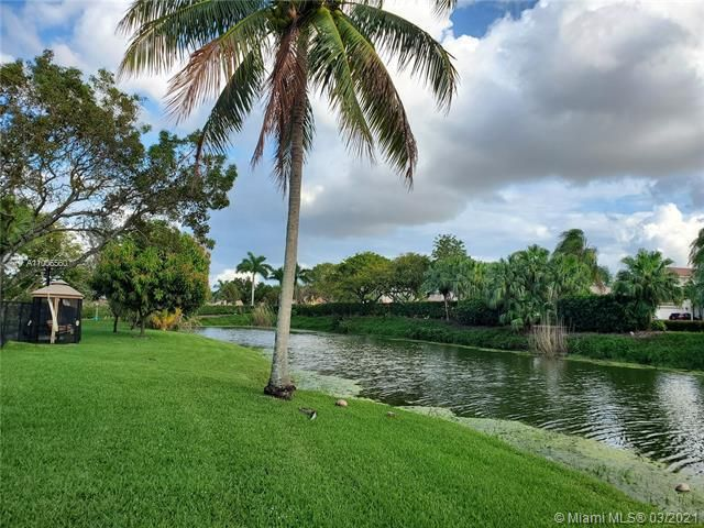 Winston Park Sec 2-a for Sale - 3910 NW 54th Ct, Coconut Creek 33073, photo 54 of 63