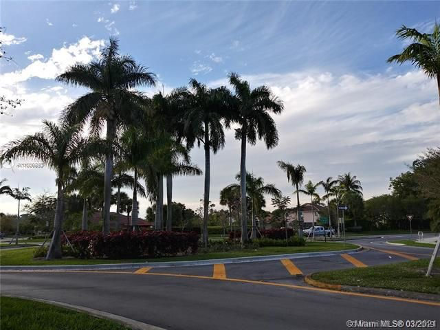 Winston Park Sec 2-a for Sale - 3910 NW 54th Ct, Coconut Creek 33073, photo 60 of 63