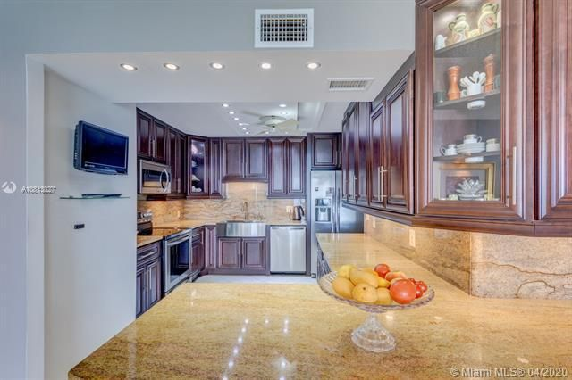 Quadomain for Sale - 2201 S Ocean Dr, Unit 1401, Hollywood 33019, photo 19 of 31