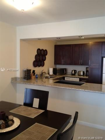 Sea Air Towers for Sale - 3725 S Ocean Dr, Unit 1222, Hollywood 33019, photo 6 of 11