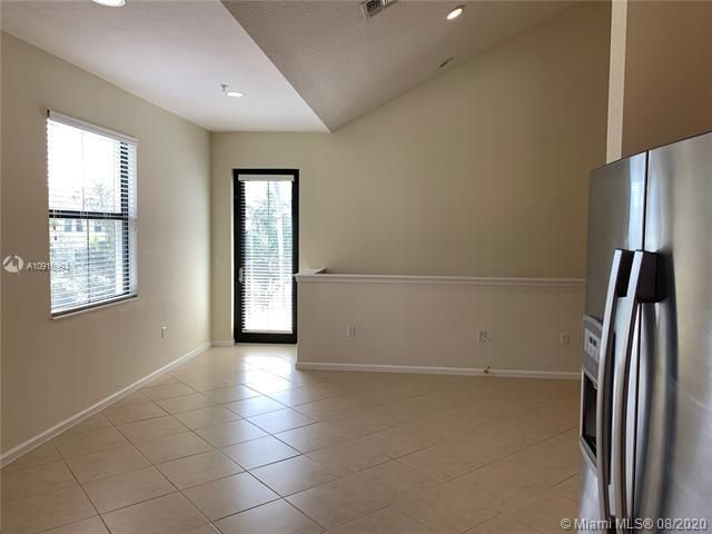 Artesia for Sale - 3301 NW 125th Way, Sunrise 33323, photo 5 of 34