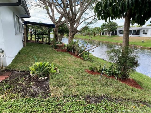 Paradise Gardens Sec 4 for Sale - 1095 NW 73rd Ter, Margate 33063, photo 50 of 59