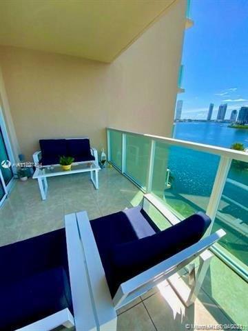 Aventura Marina for Sale - 3330 NE 190th St, Unit 717, Aventura 33180, photo 3 of 30