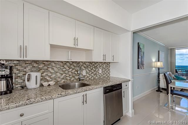 Alexander Towers for Sale - 3505 S Ocean Dr, Unit 707, Hollywood 33019, photo 16 of 39