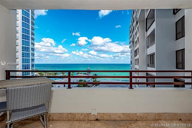 Alexander Towers for Sale - 3505 S Ocean Dr, Unit 707, Hollywood 33019, photo 30 of 39