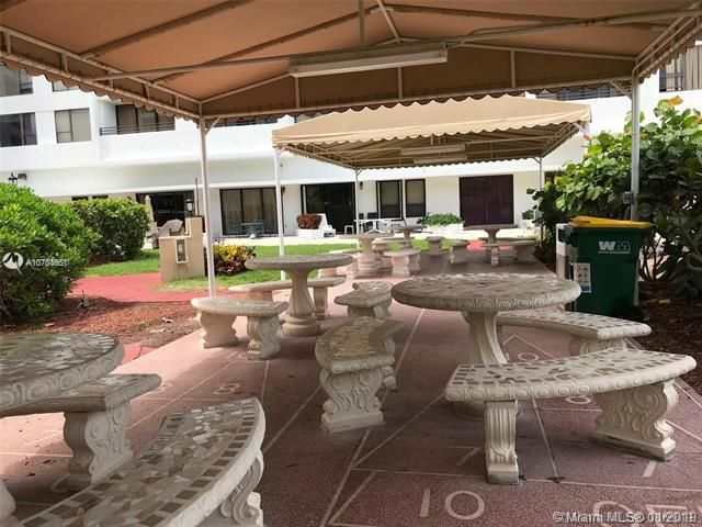Alexander Towers for Sale - 3505 S Ocean Dr, Unit 707, Hollywood 33019, photo 37 of 39