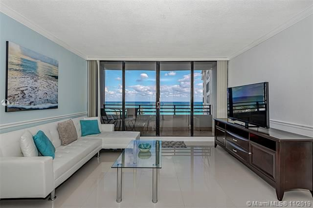 Alexander Towers for Sale - 3505 S Ocean Dr, Unit 707, Hollywood 33019, photo 4 of 39