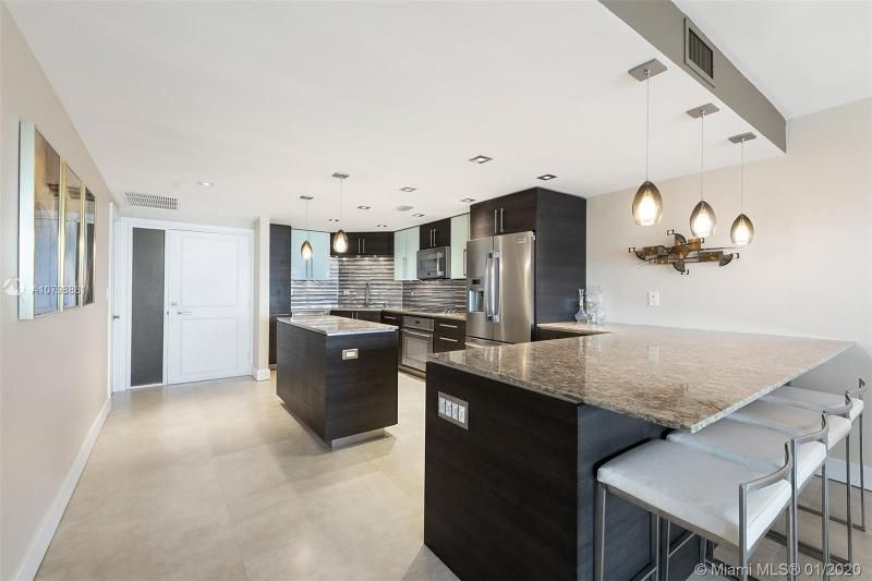 Hollywood Towers for Sale - 3111 N Ocean Dr, Unit 1612, Hollywood 33019, photo 15 of 46