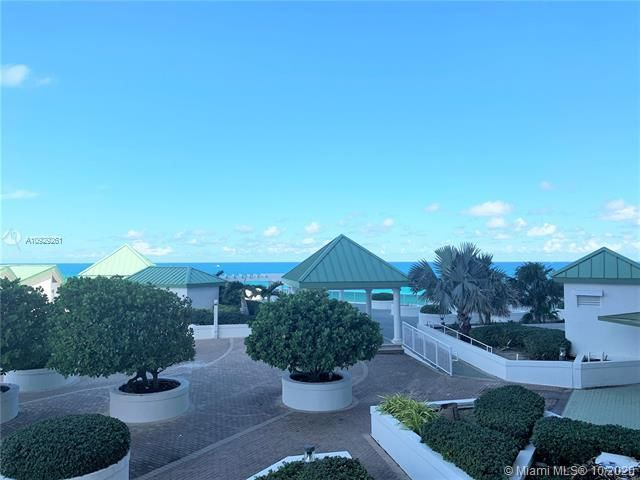 Sands Pointe for Sale - 16711 Collins Ave, Unit 704, Sunny Isles 33160, photo 20 of 25