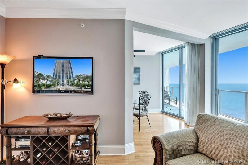 Ocean Palms for Sale - 3101 S Ocean Dr, Unit 1907, Hollywood 33019, photo 14 of 64