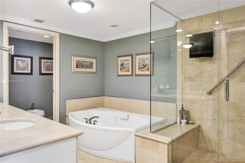 Ocean Palms for Sale - 3101 S Ocean Dr, Unit 1907, Hollywood 33019, photo 20 of 64