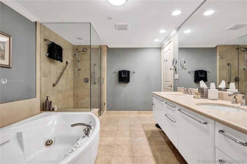 Ocean Palms for Sale - 3101 S Ocean Dr, Unit 1907, Hollywood 33019, photo 21 of 64