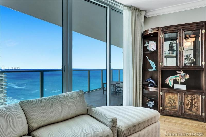 Ocean Palms for Sale - 3101 S Ocean Dr, Unit 1907, Hollywood 33019, photo 5 of 64