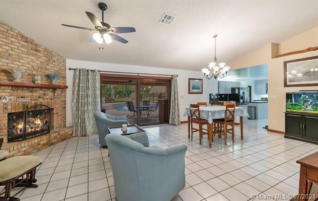 Ivanhoe Estates for Sale - 14931 Foxheath Dr, Southwest Ranches 33331, photo 13 of 53