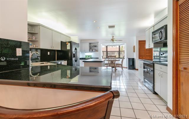 Ivanhoe Estates for Sale - 14931 Foxheath Dr, Southwest Ranches 33331, photo 14 of 53
