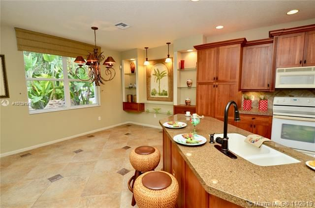 Riviera Isles for Sale - 17031 SW 51st Ct, Miramar 33027, photo 16 of 56