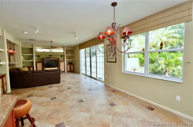 Riviera Isles for Sale - 17031 SW 51st Ct, Miramar 33027, photo 17 of 56