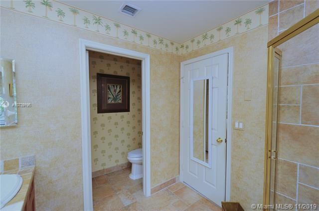Riviera Isles for Sale - 17031 SW 51st Ct, Miramar 33027, photo 28 of 56