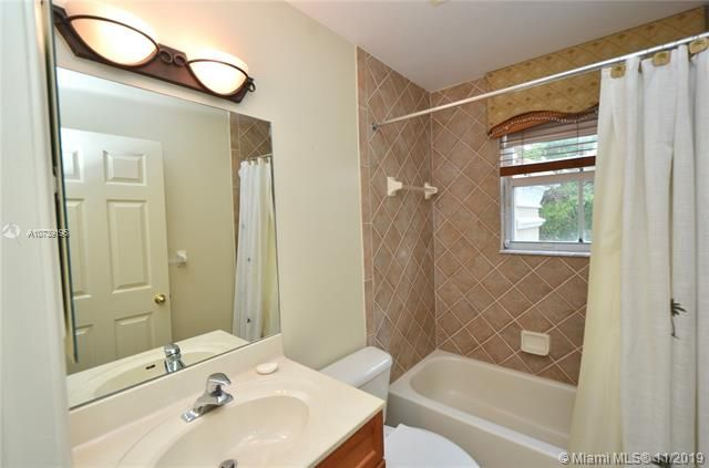 Riviera Isles for Sale - 17031 SW 51st Ct, Miramar 33027, photo 36 of 56