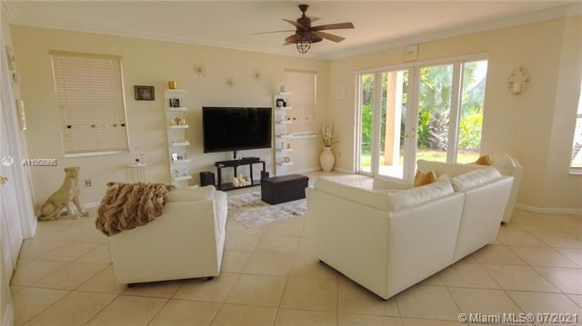 Riviera Isles for Sale - Miramar, FL 33027, photo 9 of 54