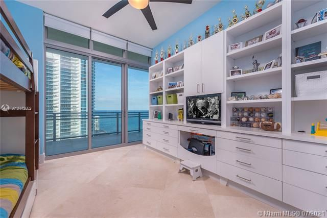 Diplomat Oceanfront Residences for Sale - 3535 S OCEAN DR, Unit 2302, Hollywood 33019, photo 11 of 26