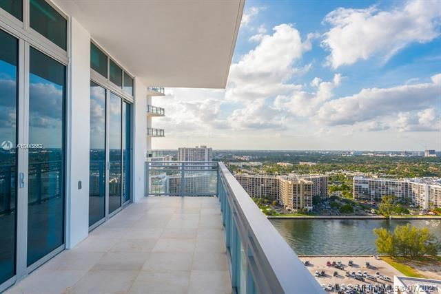 Diplomat Oceanfront Residences for Sale - 3535 S OCEAN DR, Unit 2302, Hollywood 33019, photo 16 of 26