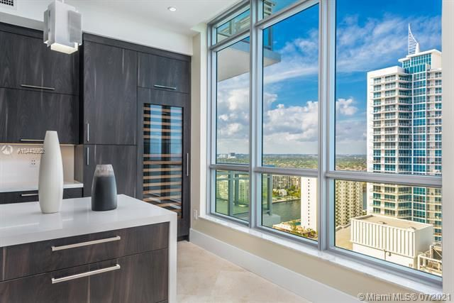 Diplomat Oceanfront Residences for Sale - 3535 S OCEAN DR, Unit 2302, Hollywood 33019, photo 5 of 26