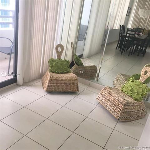 Alexander Towers for Sale - 3505 S Ocean Dr, Unit 805, Hollywood 33019, photo 10 of 10