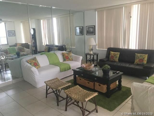 Alexander Towers for Sale - 3505 S Ocean Dr, Unit 805, Hollywood 33019, photo 2 of 10