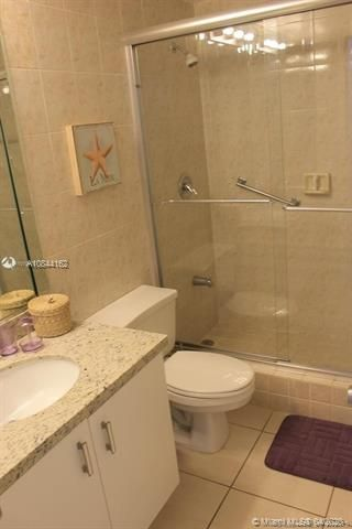 Alexander Towers for Sale - 3505 S Ocean Dr, Unit 805, Hollywood 33019, photo 6 of 10