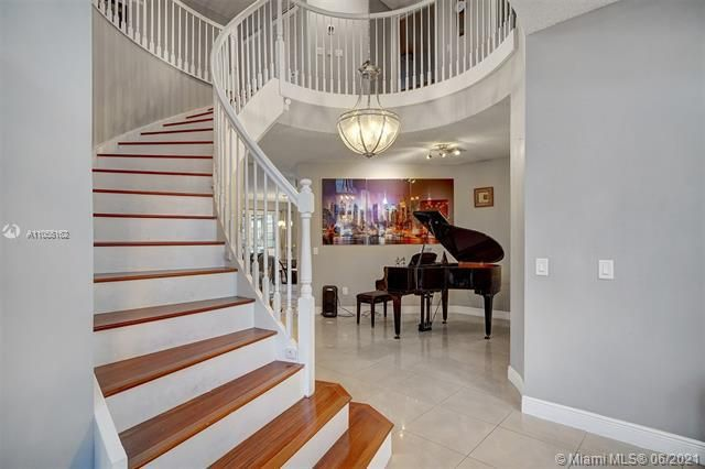 Riviera Isles for Sale - 17045 SW 52nd Ct, Miramar 33027, photo 13 of 69