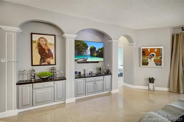 Riviera Isles for Sale - 17045 SW 52nd Ct, Miramar 33027, photo 17 of 69