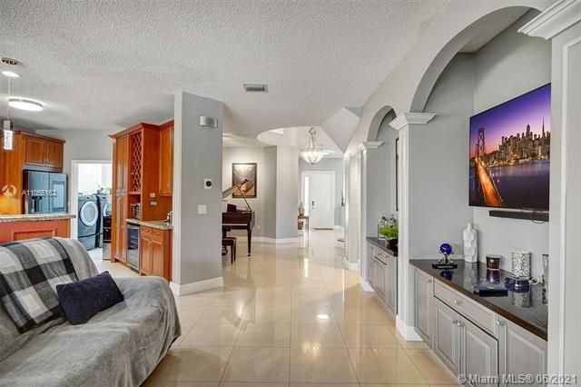 Riviera Isles for Sale - 17045 SW 52nd Ct, Miramar 33027, photo 19 of 69