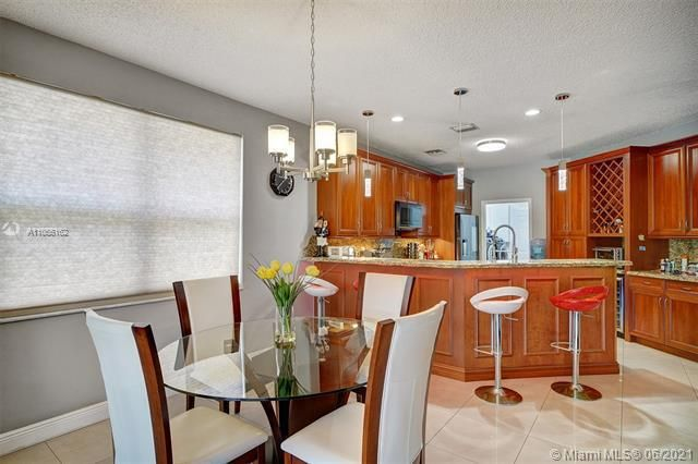 Riviera Isles for Sale - 17045 SW 52nd Ct, Miramar 33027, photo 21 of 69