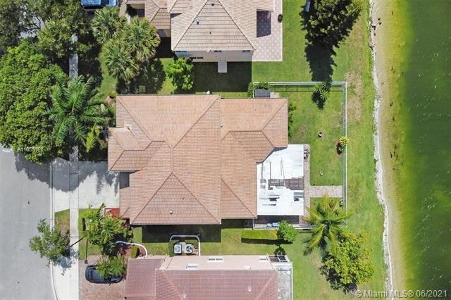Riviera Isles for Sale - 17045 SW 52nd Ct, Miramar 33027, photo 6 of 69