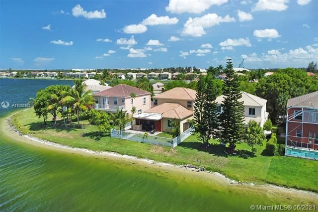 Riviera Isles for Sale - 17045 SW 52nd Ct, Miramar 33027, photo 67 of 69