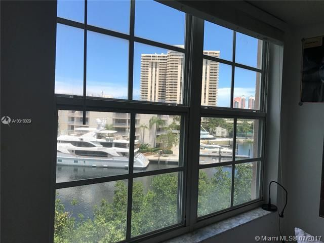Yacht Club At Aventura for Sale - 19999 E Country Club Dr, Unit 1508, Aventura 33180, photo 10 of 14